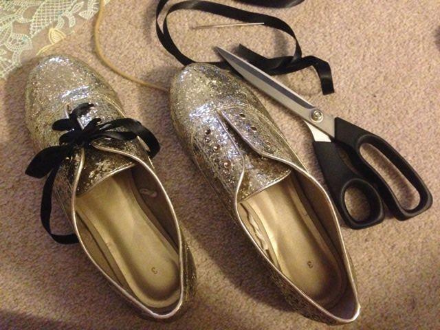 A True Love of Mine: Gold Glitter Brogues